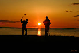 Golf under the midnight sun